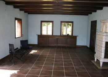 Die historischen Holzfenster wurden aufwendig rekonstruiert...