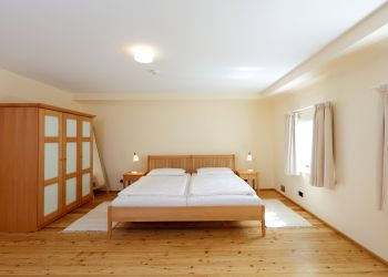 Großes Schlafzimmer (Englisches Landhaus)