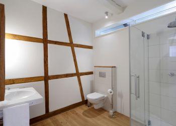 Großes Badezimmer (Fischerhaus-Wohnung I)