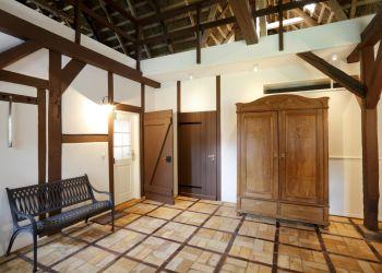Eingangsbereich, Tenne für beide Fischerhaus-Wohnungen